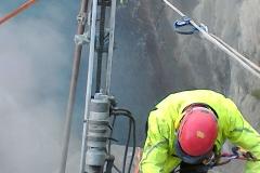 Chiodature in parete consolidamento lavori in quota